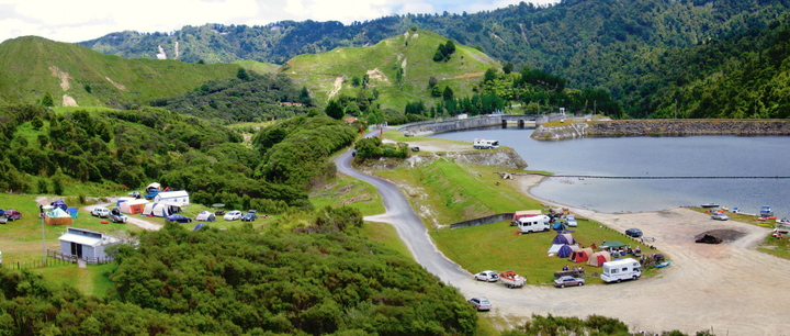 Lake Rotorangi Hydro Camping Ground