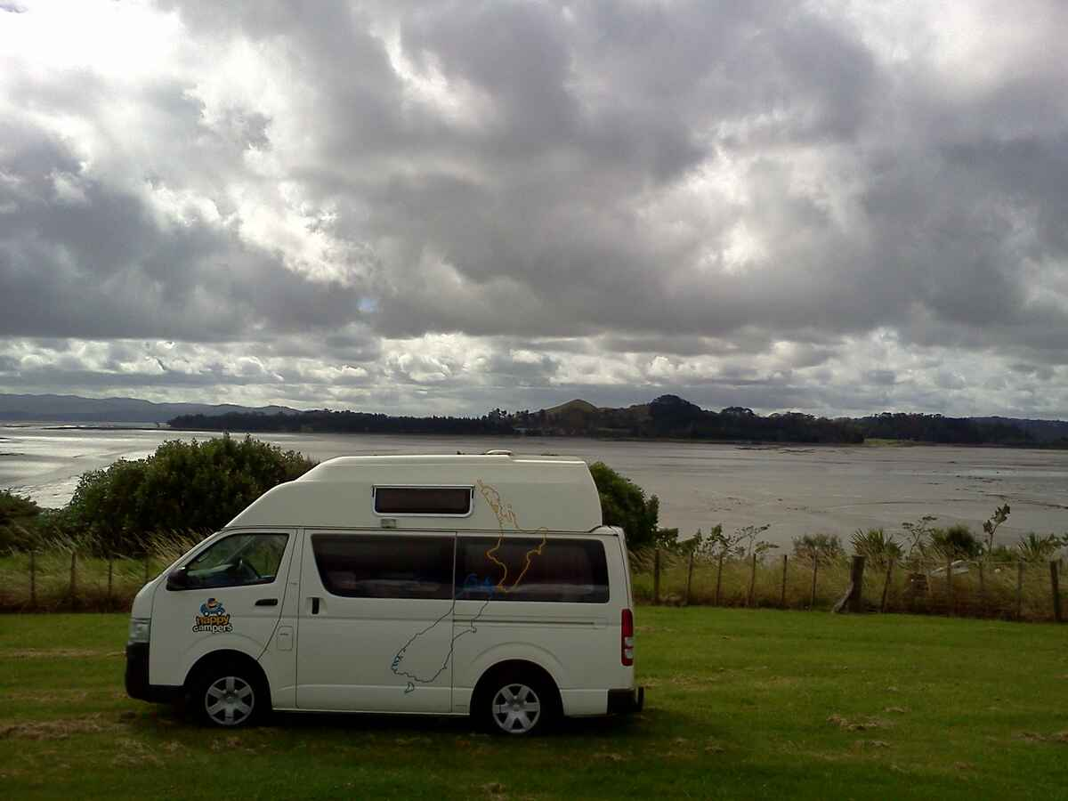 Happy Campers, Canterbury, NZ - 221 travel reviews for ...