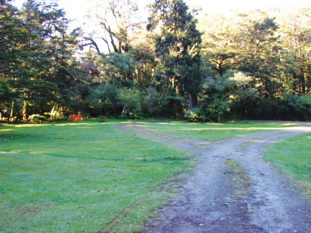 Te Taita A Makoro Camping Ground