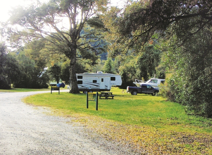Lake Rotoroa Camping Ground