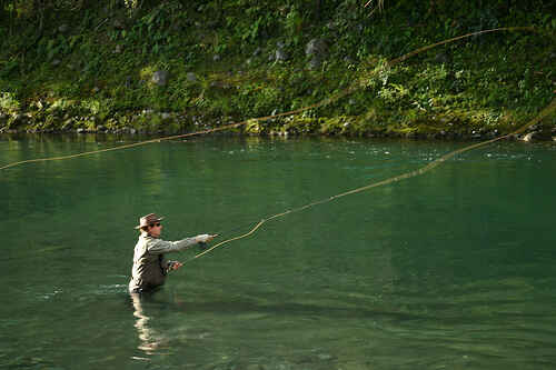 Tongariro river fly fishing taupo region nz 2 travel for Free fishing spots near me