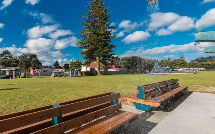 Waikanae Beach Public Showers and Playground