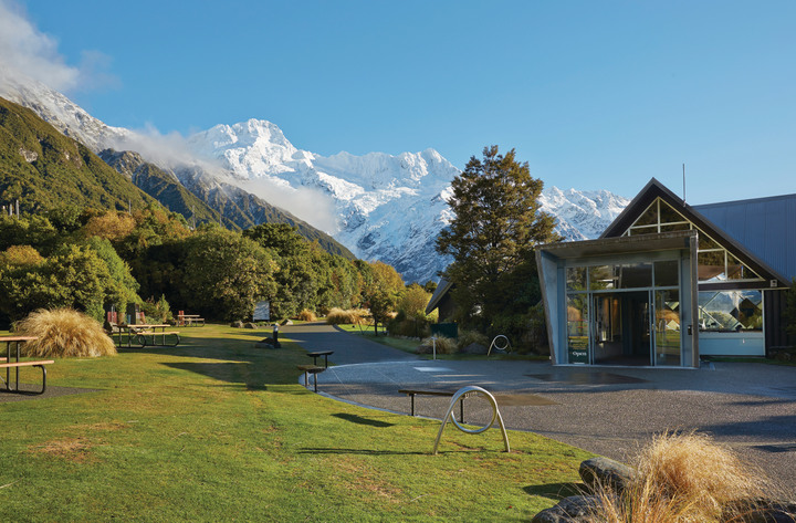 Aoraki / Mt Cook NP Visitor Centre - Photo: Mike Langford