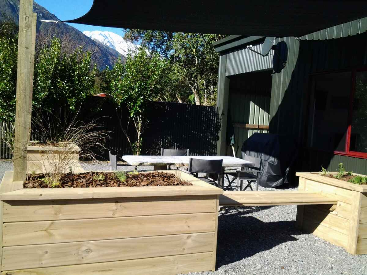 The Barn - Picnic + BBQ + Southern Alps