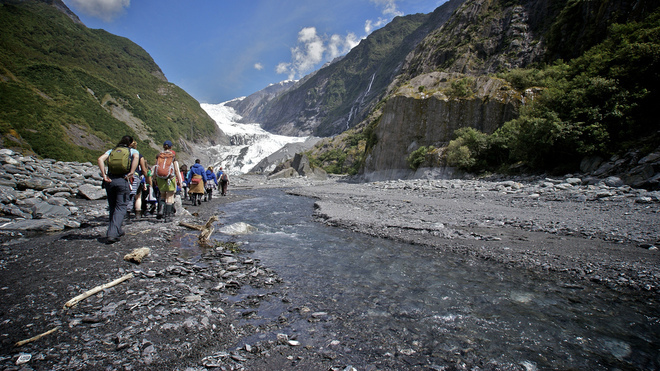 The walk to the terminal face of Franz Josef Glacier