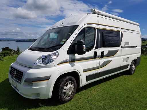 MOTORHOME 2 to 3 person with shower and toilet